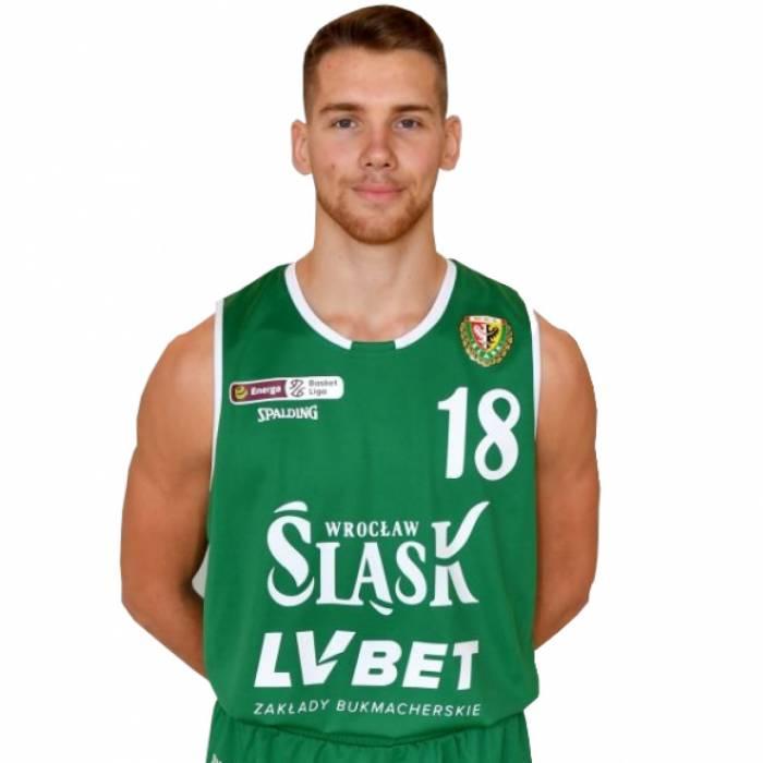 Photo of Szymon Tomczak, 2019-2020 season