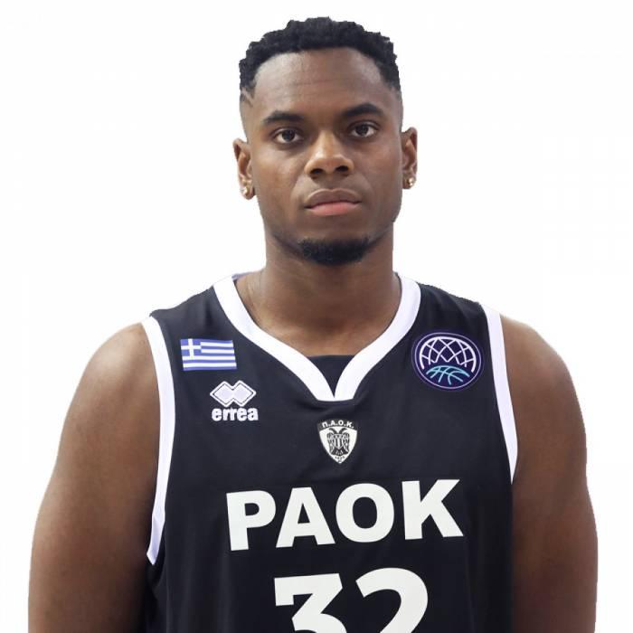 Photo de Amanze Egekeze, saison 2019-2020
