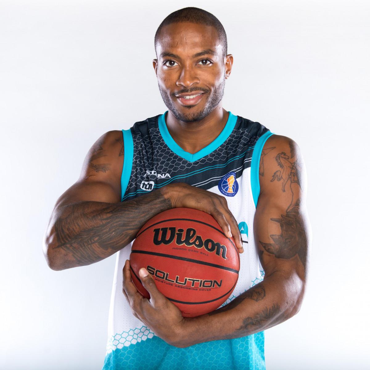 Photo of Ike Udanoh, 2017-2018 season