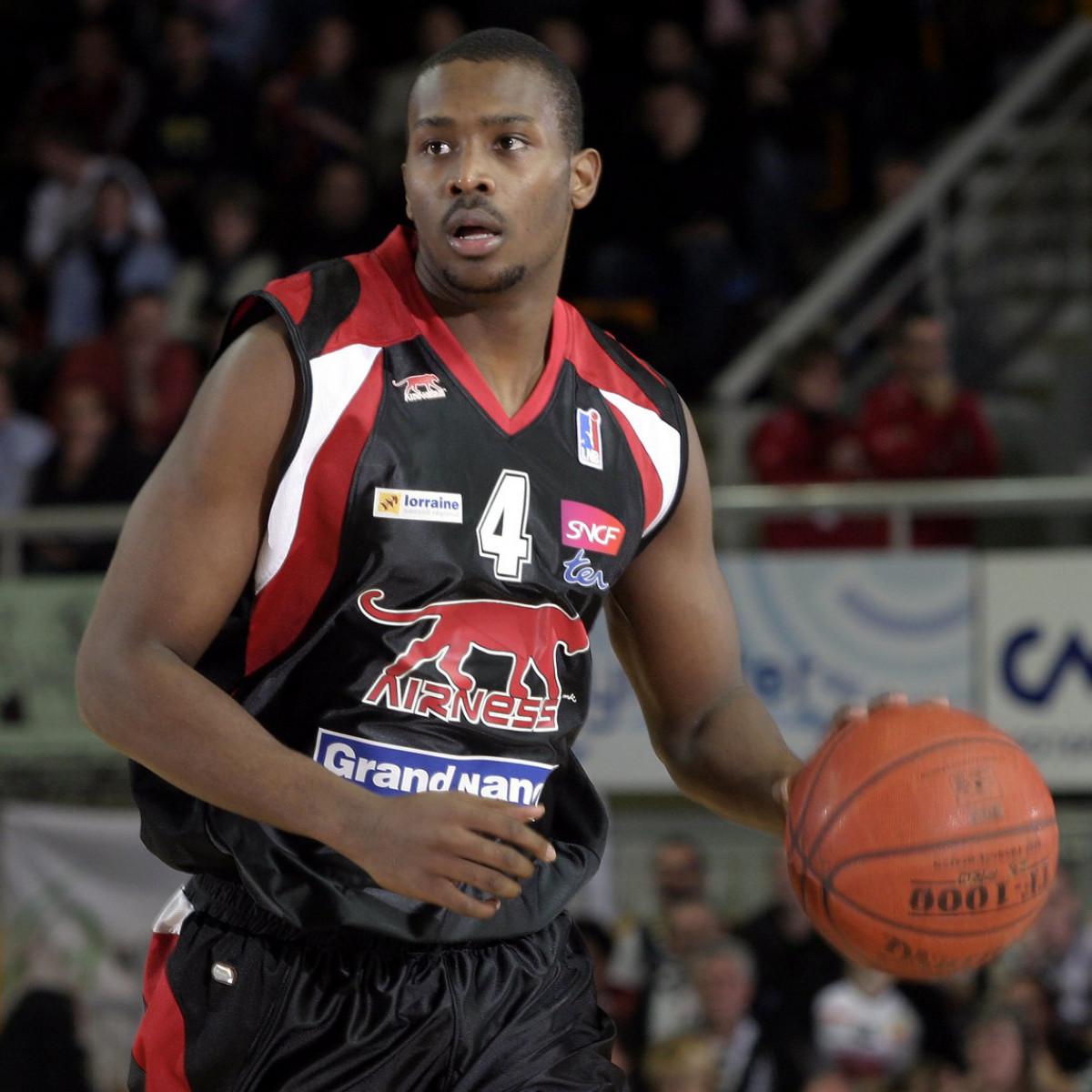 Photo of Zabian Dowdell, 2007-2008 season