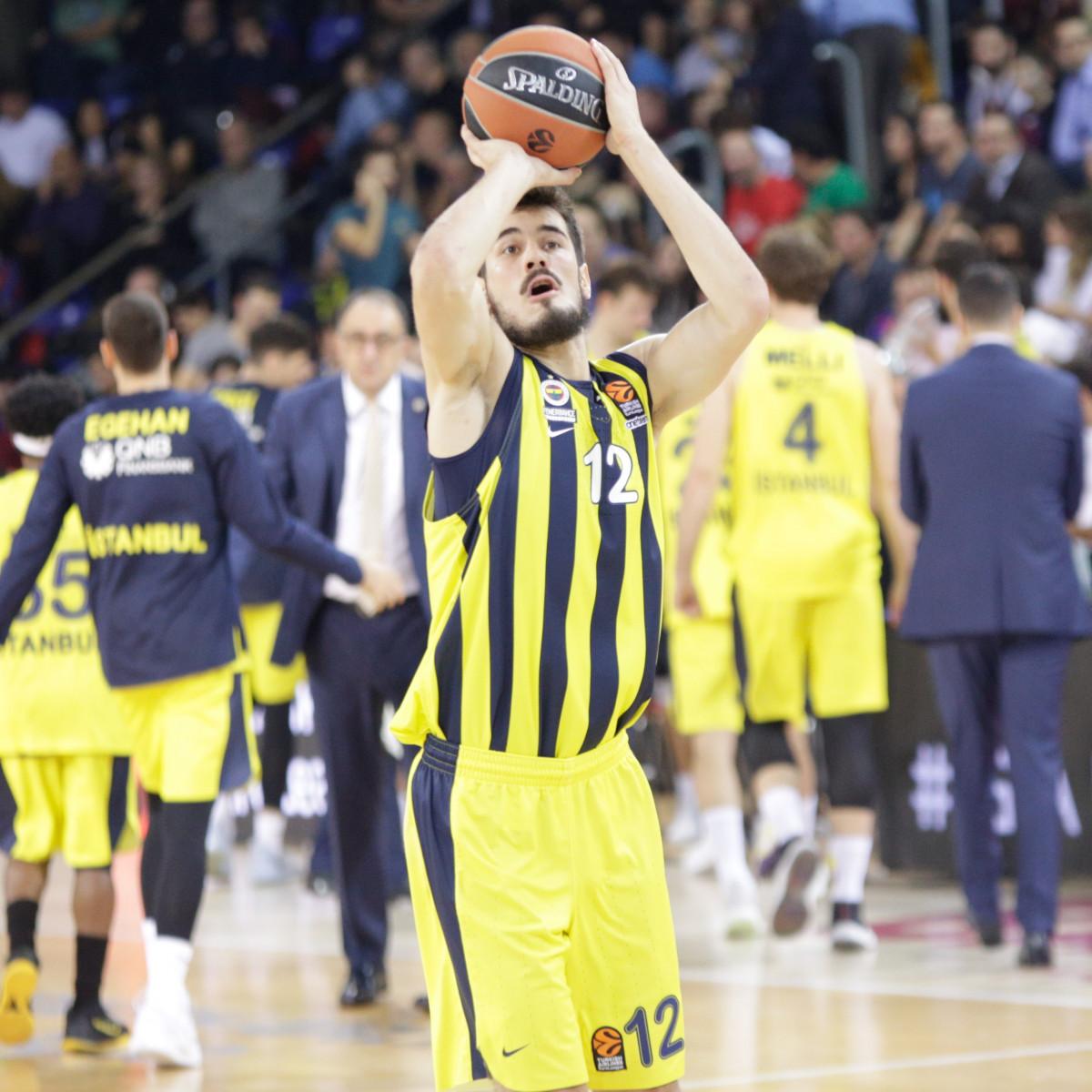 Photo of Nikola Kalinic, 2018-2019 season