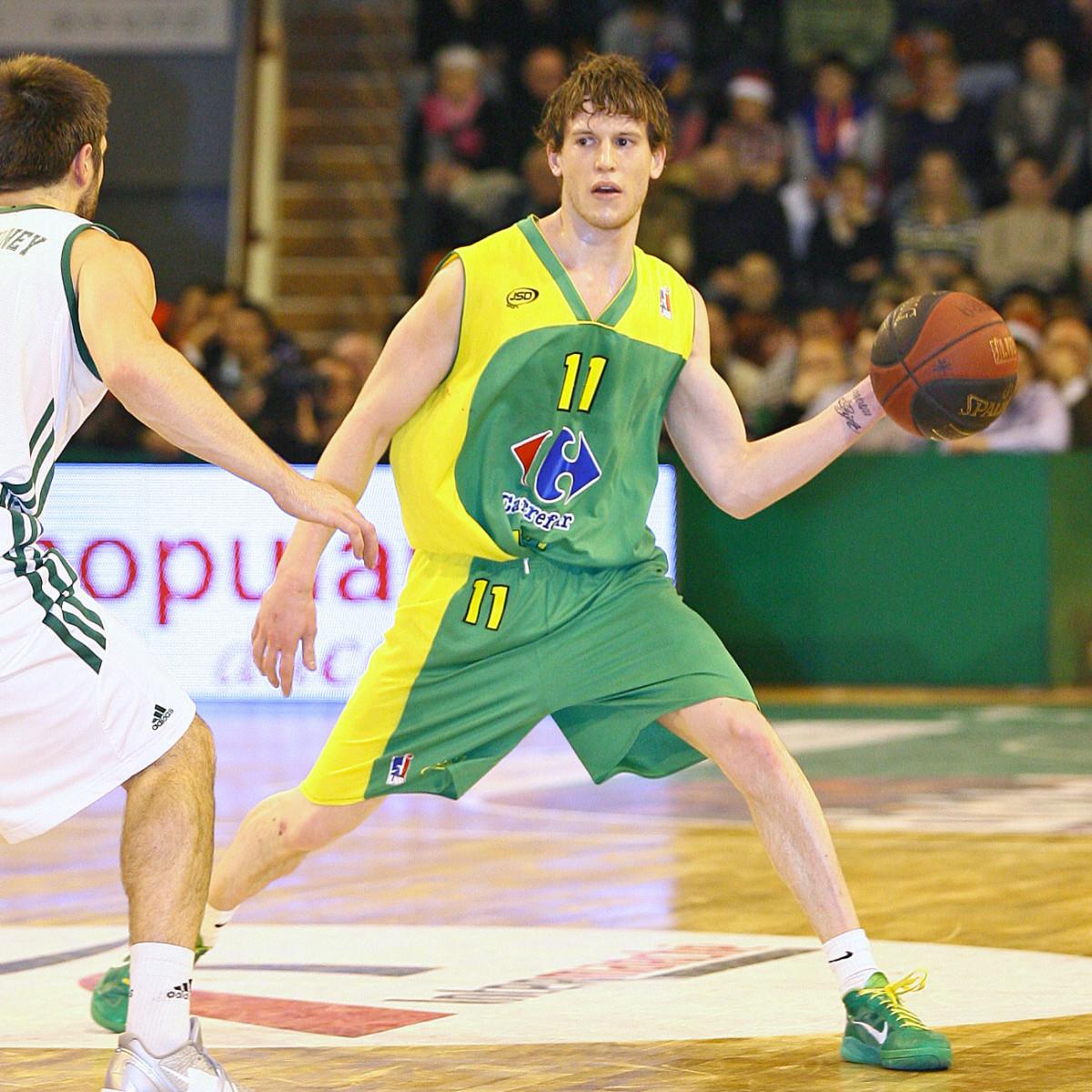 Photo of Antoine Eito, 2011-2012 season