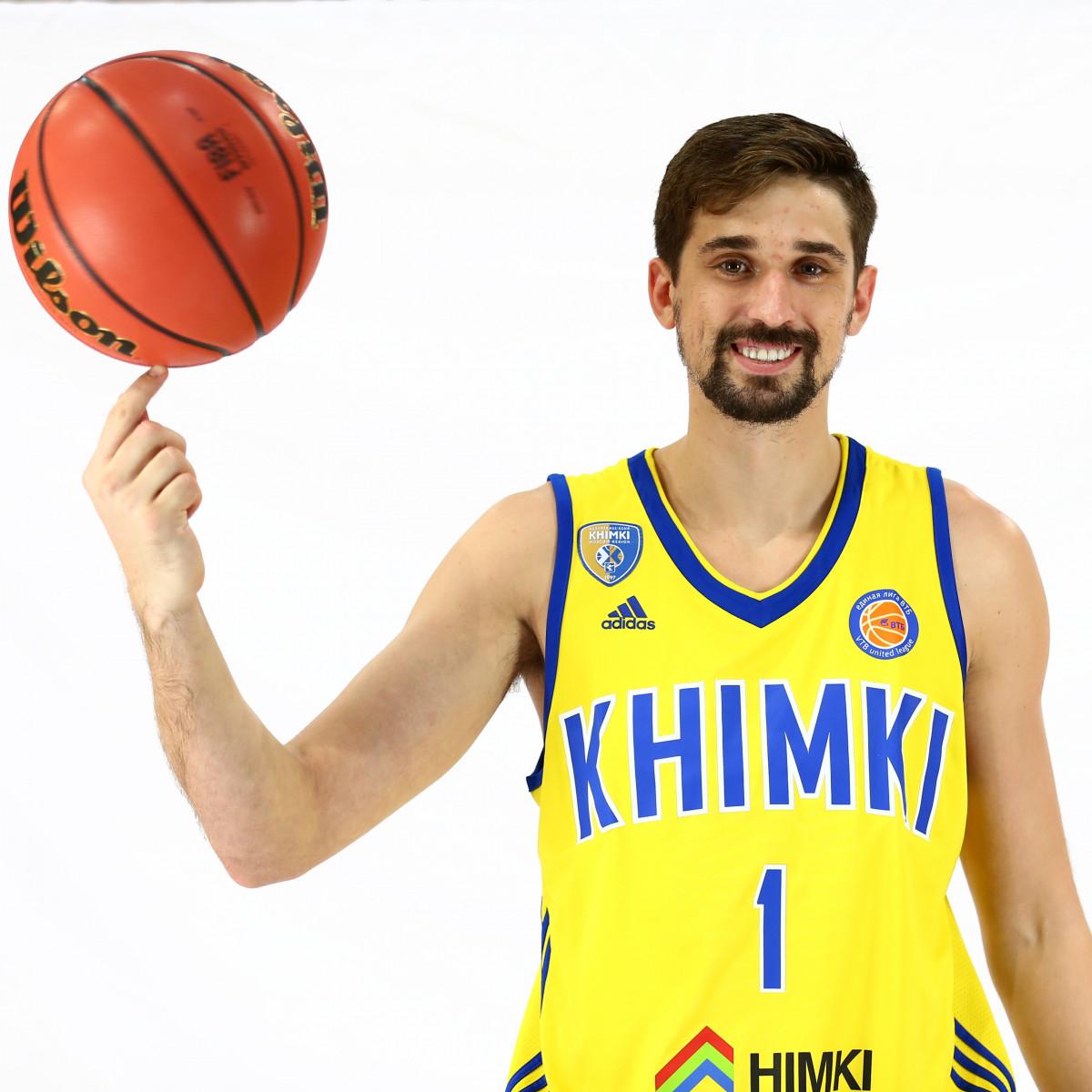 Photo of Alexey Shved, 2016-2017 season