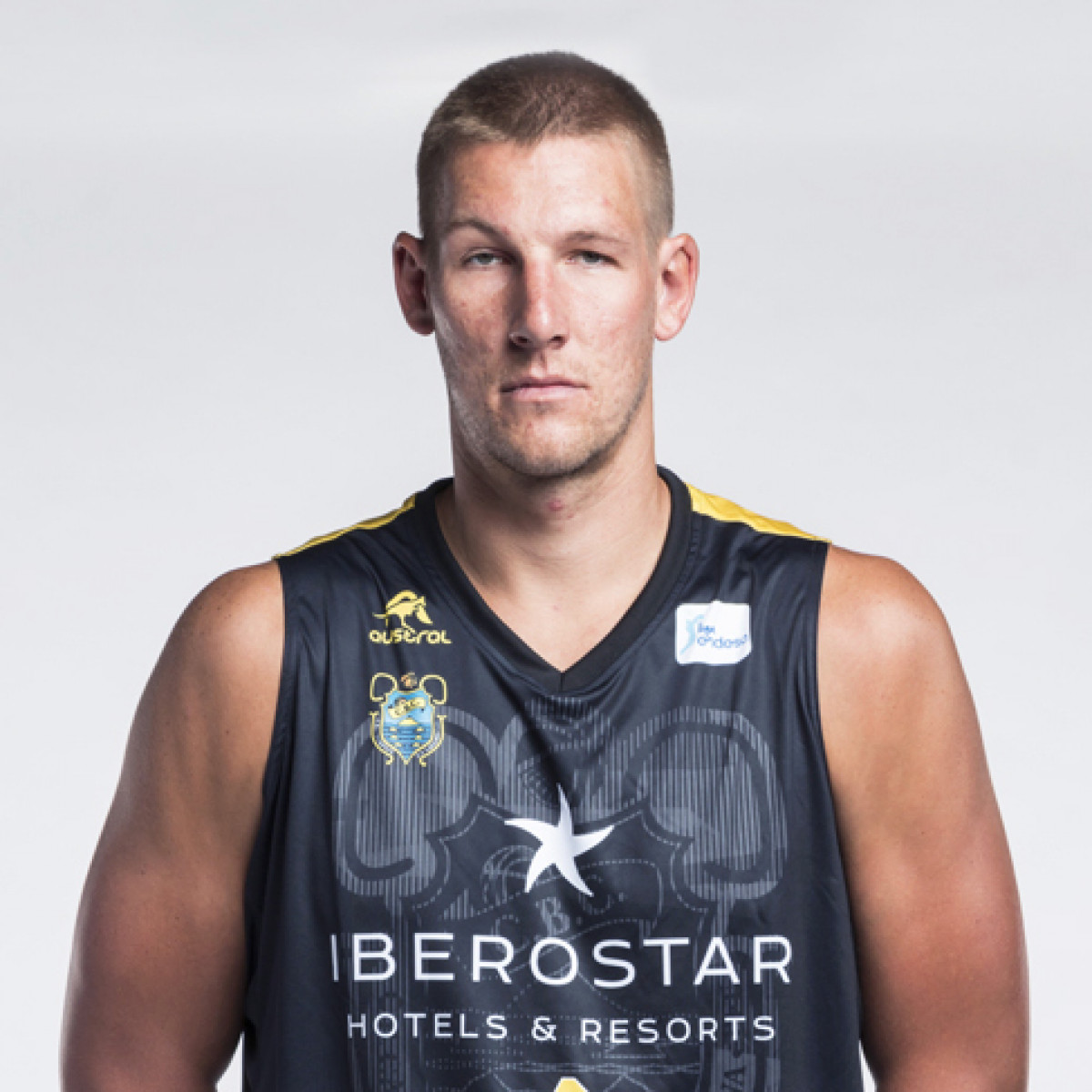 Photo of Colton Iverson, 2018-2019 season