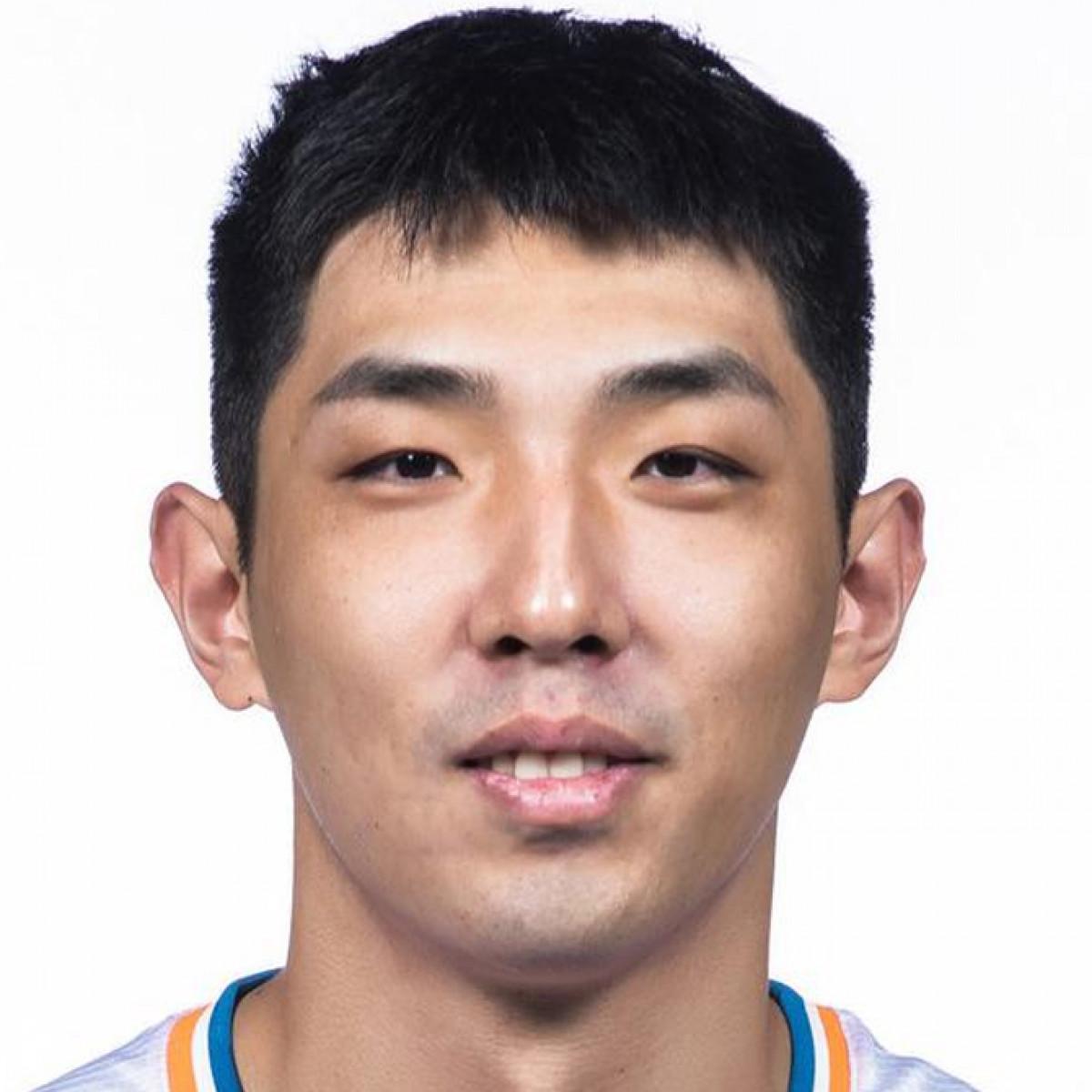 Yuanyu Li