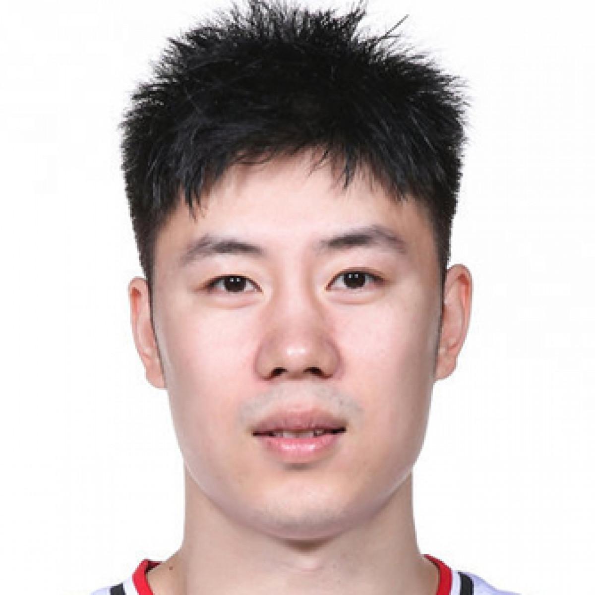 Linyi Yang