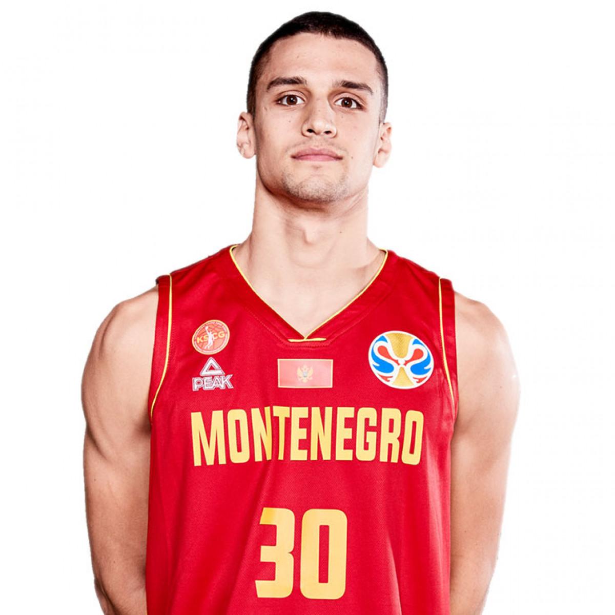 Photo of Petar Popovic, 2019-2020 season