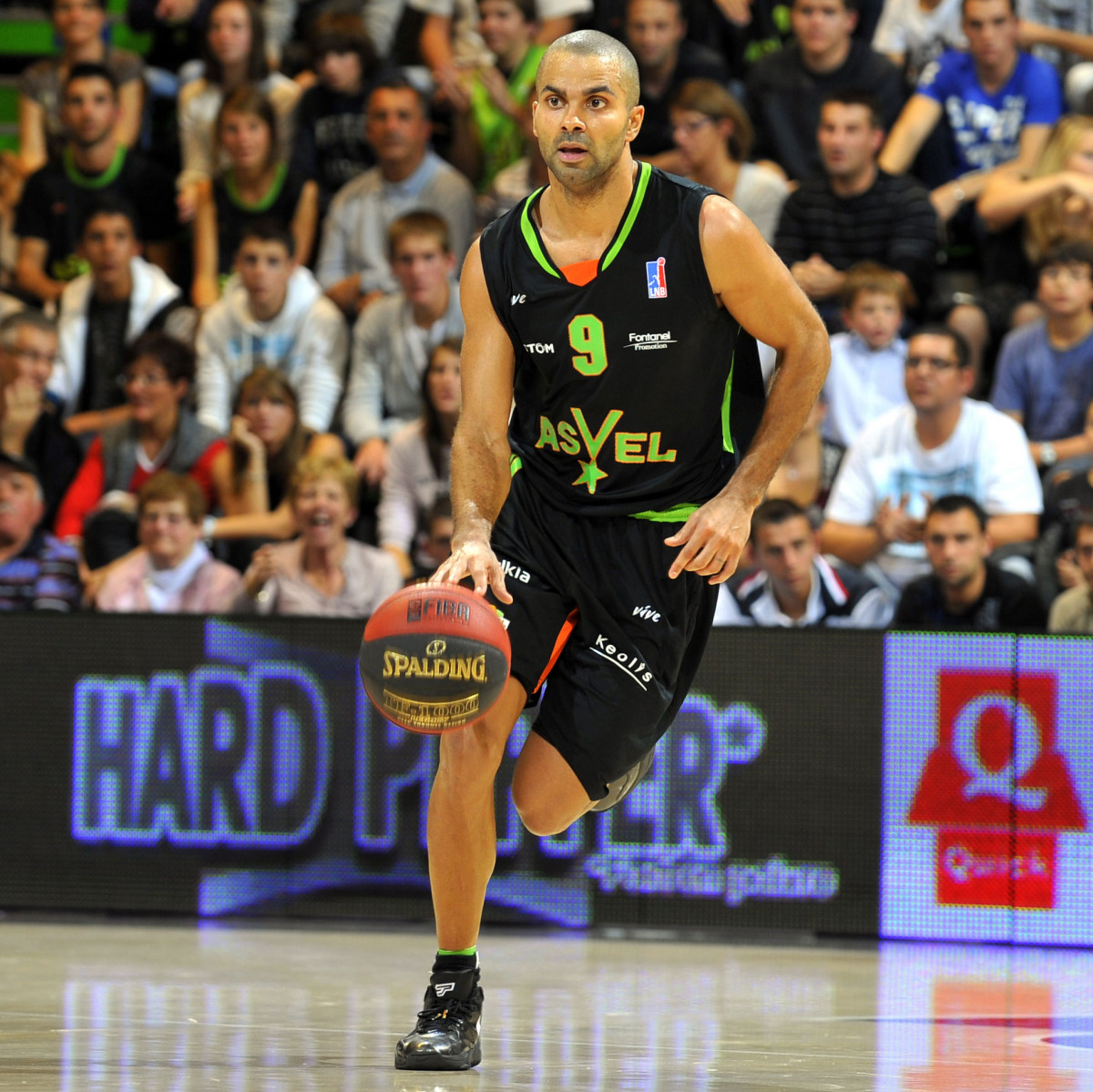 Photo of Tony Parker, 2011-2012 season