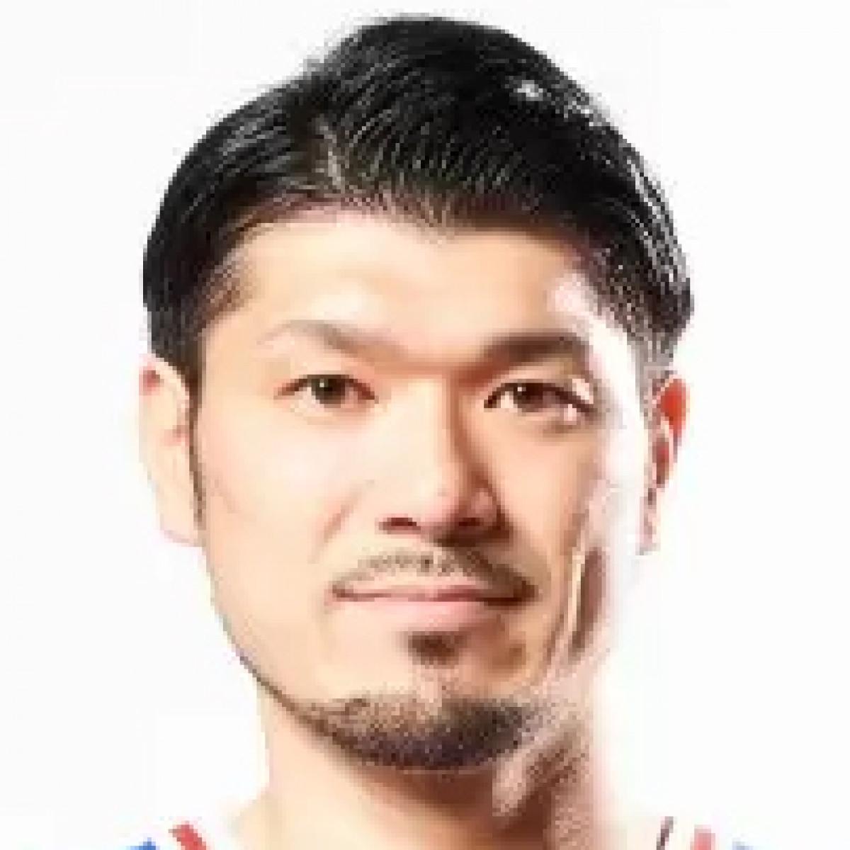 Naruhisa Takamura