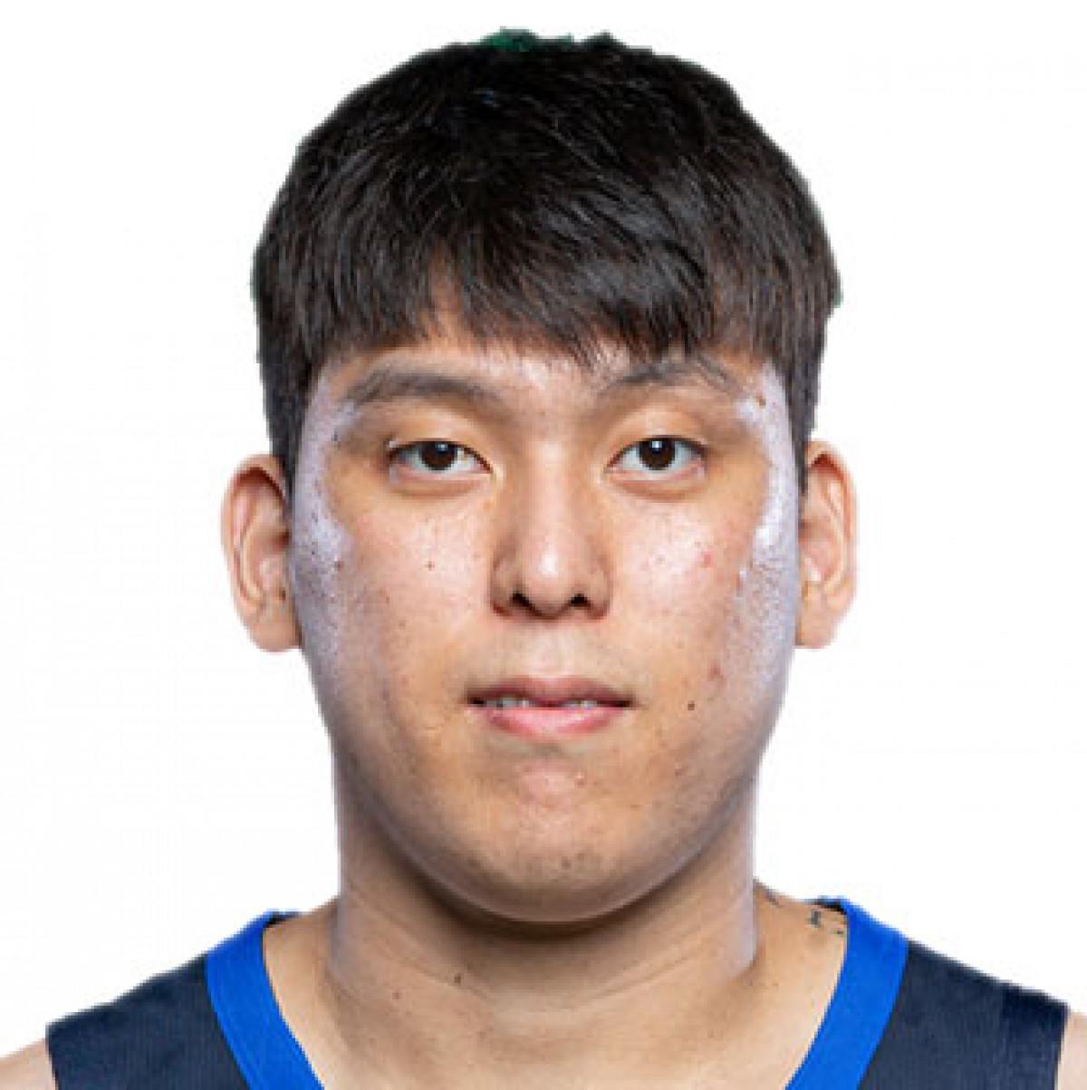 Junyong Choi