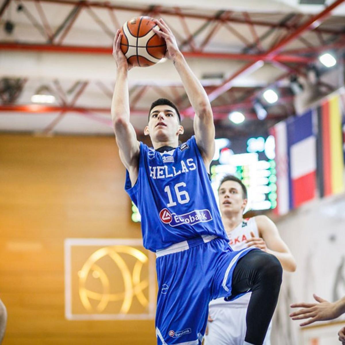 Photo of Georgios Kalaitzakis, 2019-2020 season