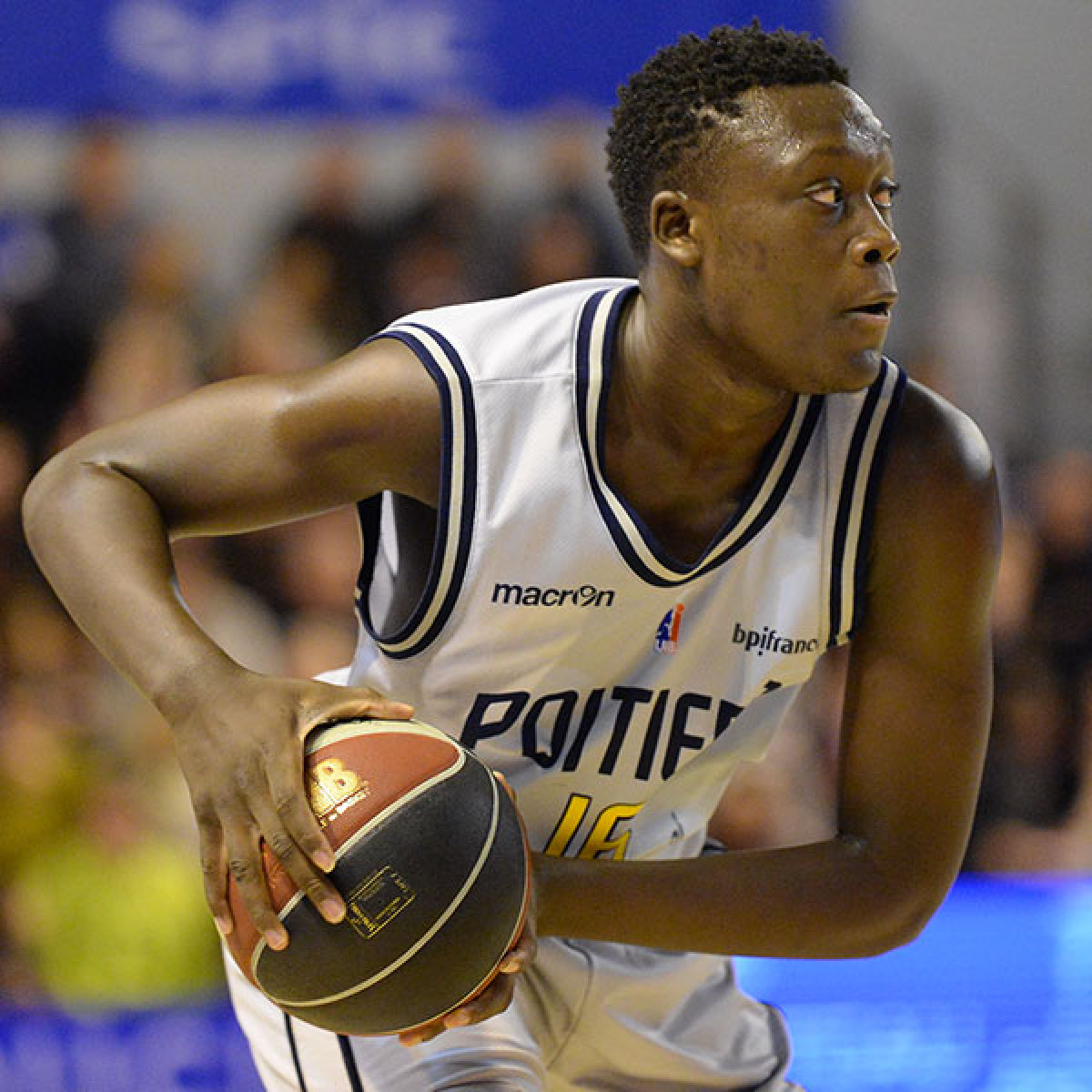 Photo of Sekou Doumbouya, 2016-2017 season