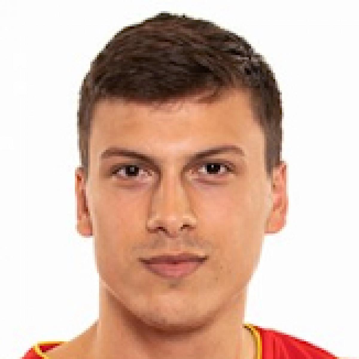 Nikola   Zizic