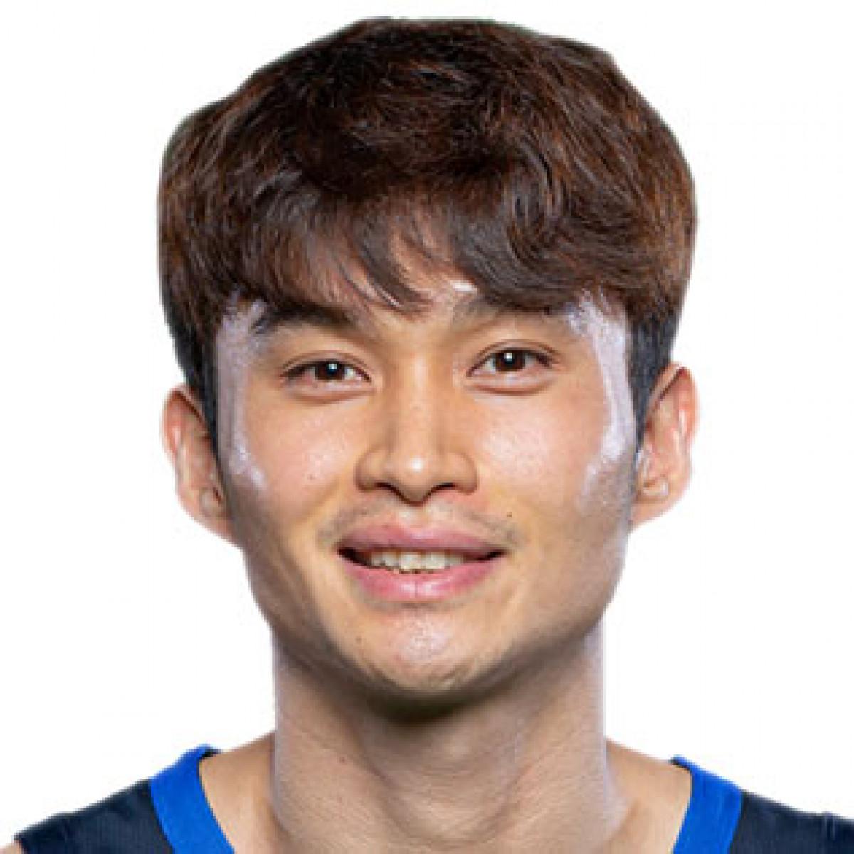 Daesung Lee