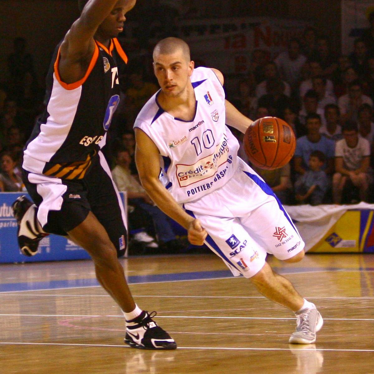 Photo of Guillaume Costentin, 2007-2008 season