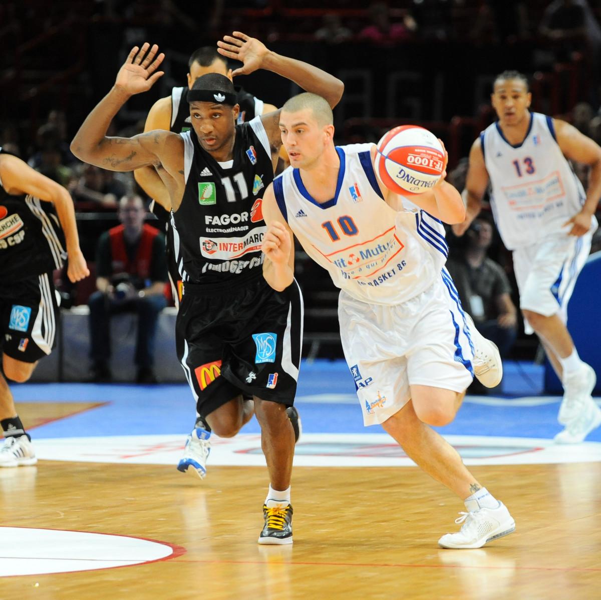 Photo of Guillaume Costentin, 2008-2009 season
