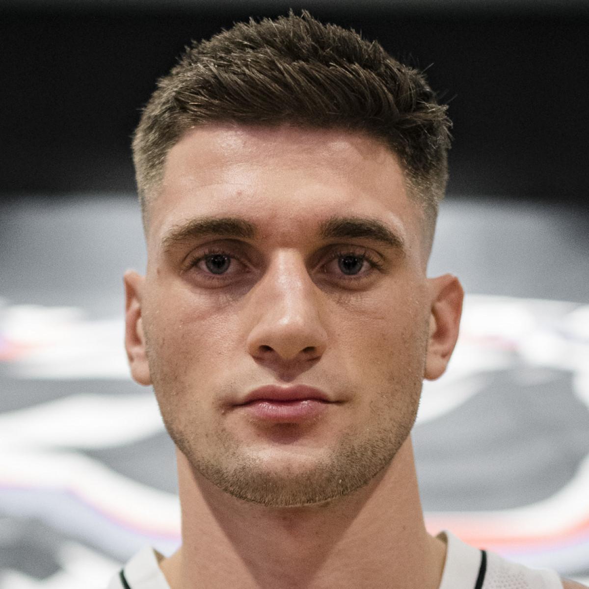 Dustin SLEVA
