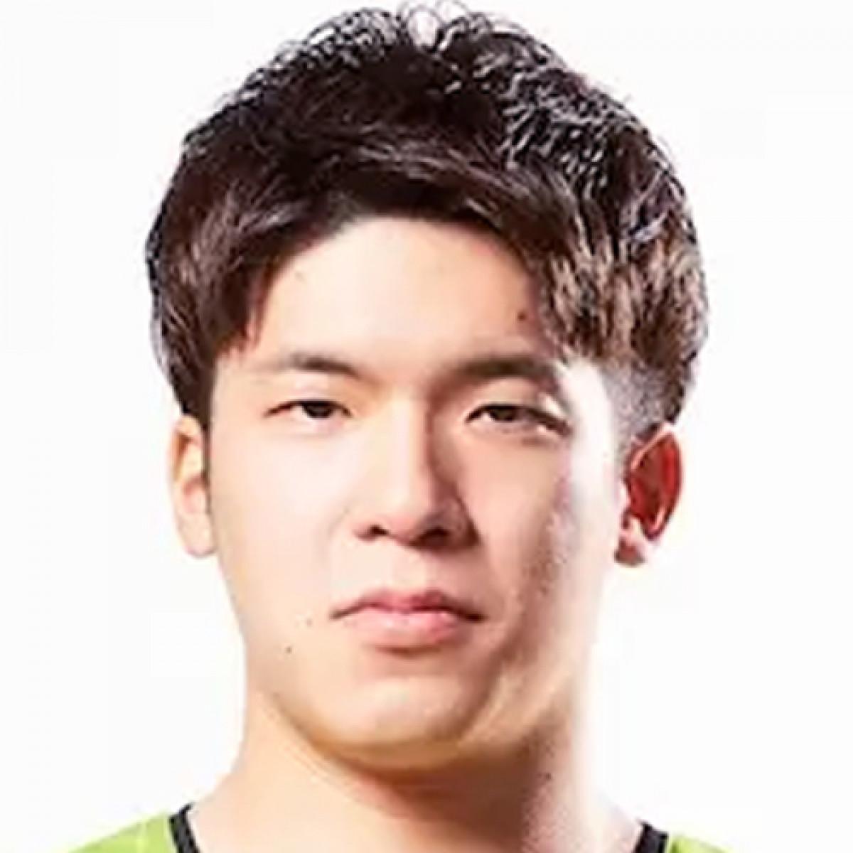 Akito Uchida
