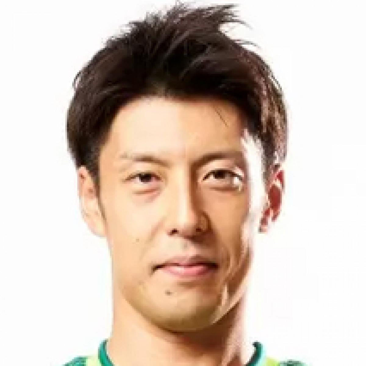 Yoshitomo Shiina